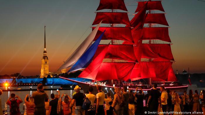 BdTD Russland Festival der Purpurroten Segel in St. Petersburg