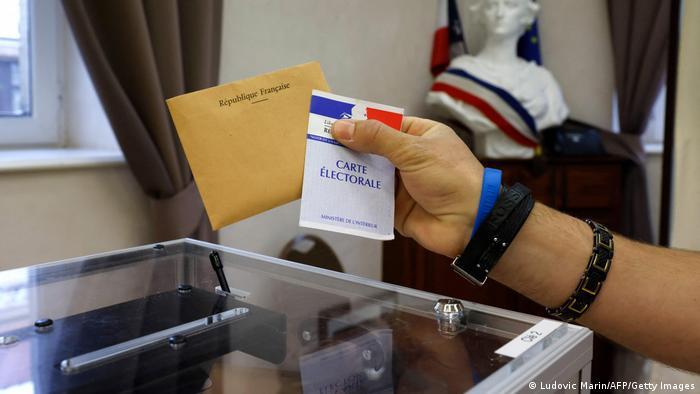 Frankreich Regioanlwahlen 2021 Wahllokal
