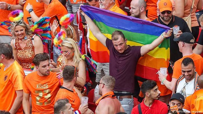 Euro 2020 Uefa Allows Dutch Fans To Bring Rainbow Flags Into Hungary Stadium Sports German Football And Major International Sports News Dw 27 06 2021