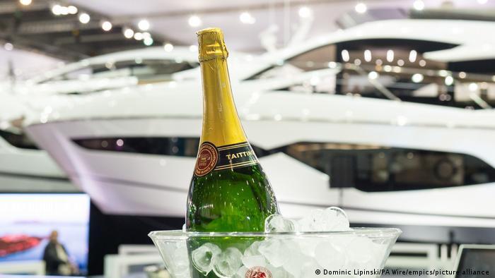 Grossbritannien   London Boat Show 2017   Symbolbild Reichtum