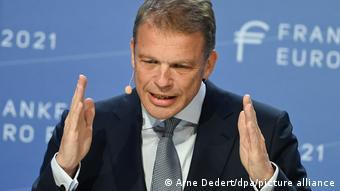 Κρίστιαν Σούινγκ, επικεφαλής της Deutsche Bank
