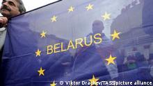 ARCHIV 2017 *** MINSK, BELARUS - APRIL 26, 2017: Belarusian opposition members hold the annual Chernobylsky Shlyakh [Chernobyl Path] rally marking the 31st anniversary of the Chernobyl nuclear disaster. Viktor Drachev/TASS Foto: Viktor Drachev/TASS/dpa