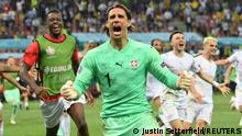 Soccer Football - Euro 2020 - Round of 16 - France v Switzerland - National Arena Bucharest, Bucharest, Romania - June 29, 2021 Switzerland's Yann Sommer celebrates after saving a penalty from France's Kylian Mbappe to win the shoot-out Pool via REUTERS/Justin Setterfield