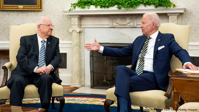 Biden and Rivlin meet in the Oval Office