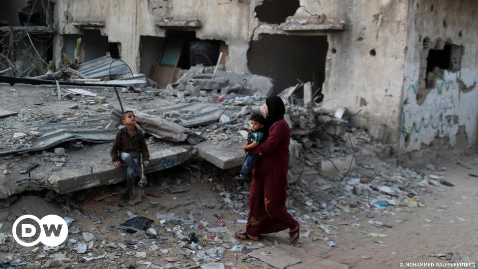 HRW: Israel and Hamas committed 'war crimes'