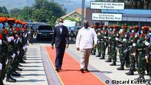 Besuch des ruandischen Präsidenten Paul Kagame in Goma am Samstag, 26. Juni 2021, in das CMS ein. Er wurde von seinem Amtskollegen Félix Tshisekedi begrüßt. Copyright: Giscard Kusema, Kommunikationsbeauftragter der Kongo-Präsidentschaft.