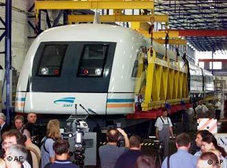 Los chinos ambicionan construír ellos mismos el tren más veloz del mundo.