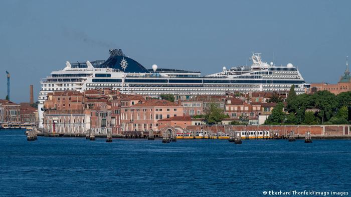 Die Riesen sind zurück in Venedig: Die MSC Magnifica fährt Ende Juni durch die Lagune