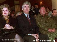 Iz vremena kada je bila važan faktor - Biljana Plavšić s Radovanom Karadžićem i Ratkom Mladićem (na sjednici parlamenta Republike Srpske 15.4.1995.)