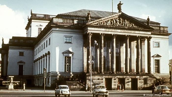 La Staatsoper Unter den Linden es un teatro de ópera de Berlín y uno de más importantes de Alemania.
