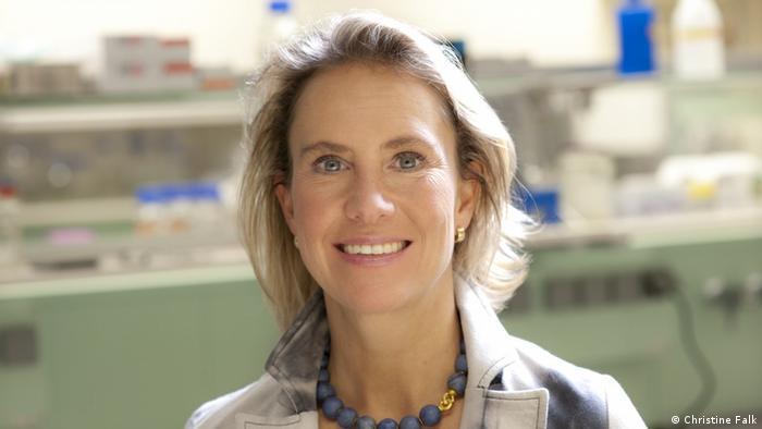 Kristine Falk tvrdi da za petnaest minuta može svakog neodlučnog da uveri u prednost vakcinacije