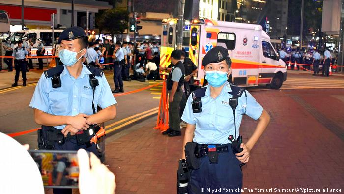 Hongkong | Messerangriff auf Polizisten