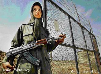 عکسی از پایگاه اشرف پیش از حمله آمریکا به عراق و خلعسلاح ساکنان آن