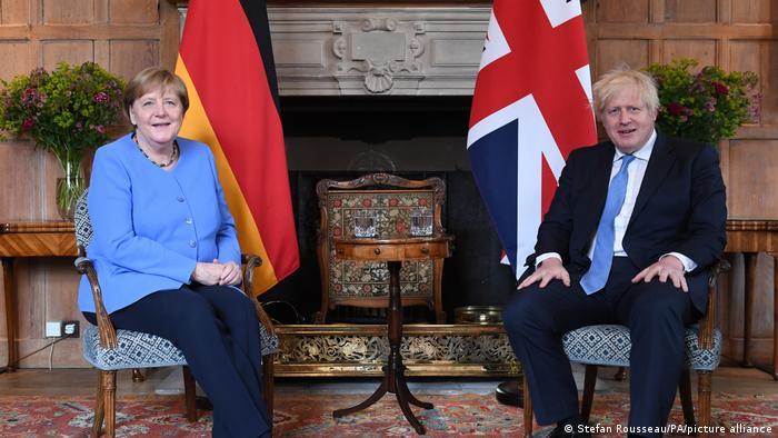 Almanya Başbakanı Merkel ve İngiltere Başbakanı Johnson