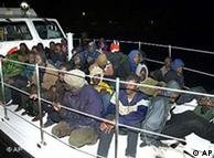 В Европу мигранты пребывают в том числе и по нелегальным каналам из Африки