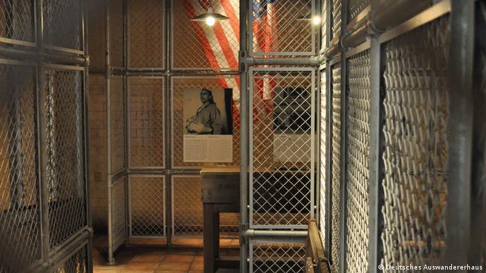 Reprodução da estação de imigração na Ellis Island, nos Estados Unidos