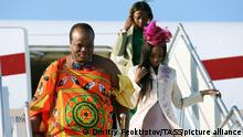 23.10.2019 SOCHI, RUSSIA - OCTOBER 23, 2019: King Mswati III of Eswatini disembarks from a plane at Sochi International Airport as he arrives to take part in the 2019 Russia-Africa Summit. Dmitry Feoktistov/TASS Host Photo Agency