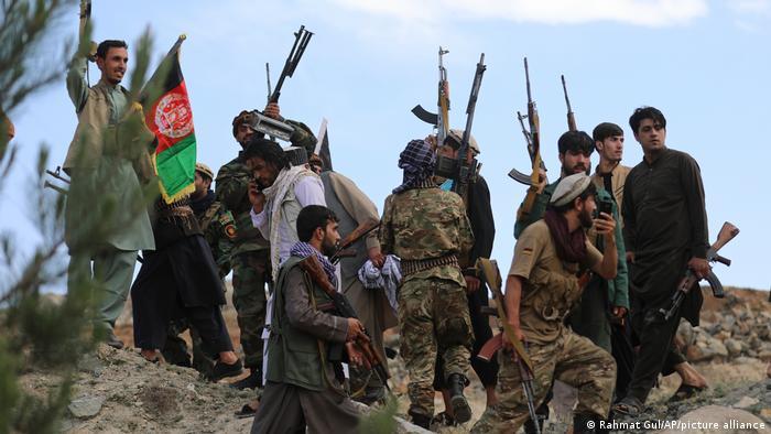 Ülkenin büyük bir bölümü Taliban'ın kontrolü altında