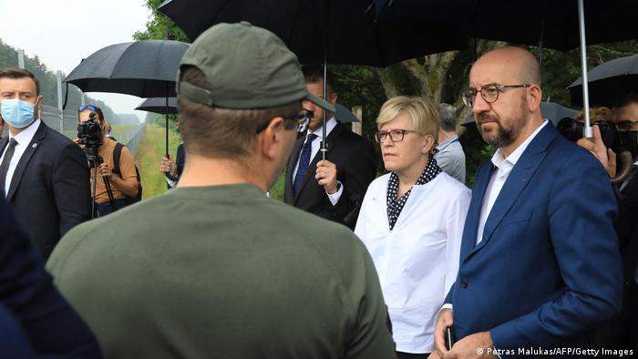 Litauen |Charles Michel und Ingrida Simonyte in Medininkai an der Grenze zu Weißrussland