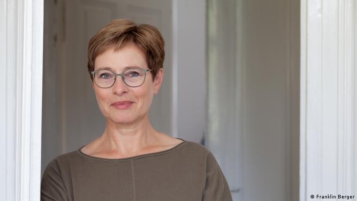 Porträtfoto: Doris Mendlewitsch Kommunikationsberaterin in Düsseldorf