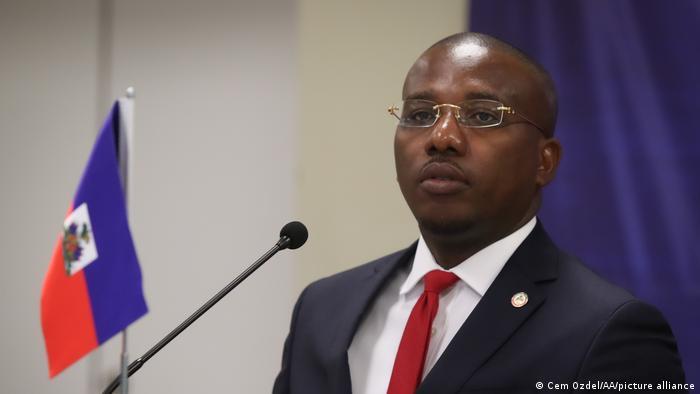 Der scheidende haitianische Regierungschef Claude Joseph gab als erster die Nachricht von der Ermordung Jovenel Moïses bekannt