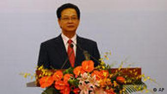 Vietnamese Prime Minister Nguyen Tan Dung is expected to retain his position despite criticism