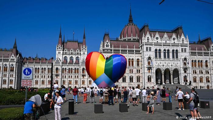 Ungarn I LGBTQ-Protest in Budapest