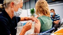 UTRECHT - Children are vaccinated with the pfizer vaccine in the Jaarbeurs during the vaccination. Today, the 1 millionth jab is being taken in the Utrecht region by the GGD. Young people aged 12 to 17 can be vaccinated from the beginning of July. ROBIN UTRECHT netherlands