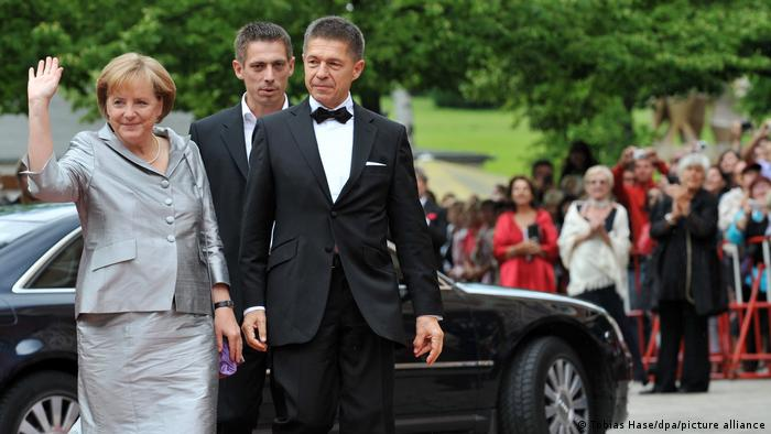 Меркель і Зауер, 2009 рік