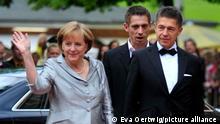 Angela Merkel, Ehemann Prof. Joachim Sauer Eroeffnung Wagner-Festspiele 2009 in Bayreuth, 25. Juli 2009