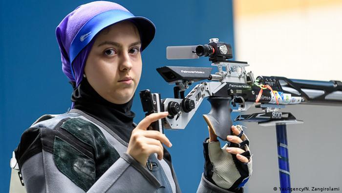 آرمینا صادقیان با ۱۹ سال سن، جزو جوانترین ورزشکاران ایران در تاریخ حضور ملیپوشان این کشور در صحنه بازیهای المپیک است. این تیرانداز در رشته تفنگ بادی ۱۰ متر انفرادی زنان، در المپیک توکیو به میدان میرود. آرمینا صادقیان با کسب مدال طلای جام جهانی ۲۰۲۱ کروآسی، تاریخساز شد.