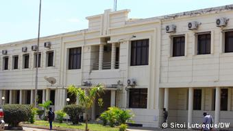 Mosambik | Weltbevölkerungstag |Regierungsgebäude in Nampula