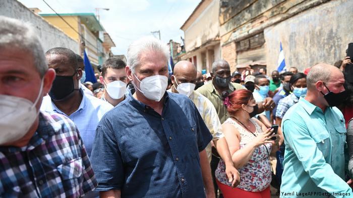 Kuba | Präsident Miguel Díaz-Canel in San Antonio de los Banos