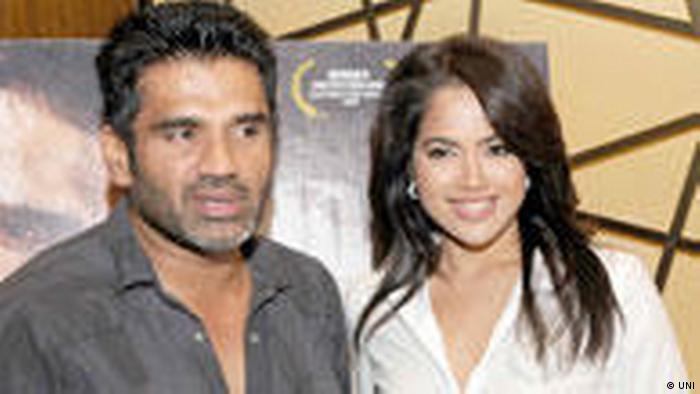 Sunil Shetty und Samira Reddy (UNI)