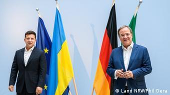 Владимир Зеленский и Армин Лашет во время встречи 11 июля в Берлине