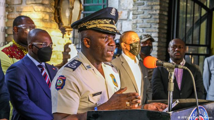 Глава полиции Гаити Леон Чарльз