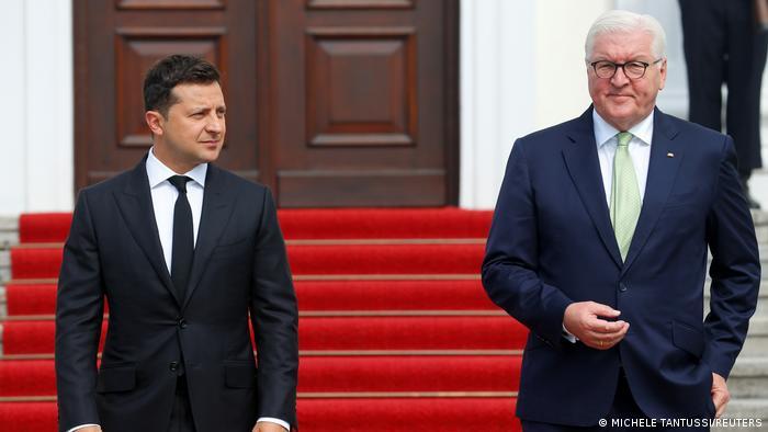 Президент Украины Владимир Зеленский и президент ФРГ Франк-Вальтер Штайнмайер 12 июля в Берлине