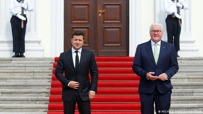 Штайнмаєр прийняв Зеленського у своїй резиденції - палаці Бельвю.