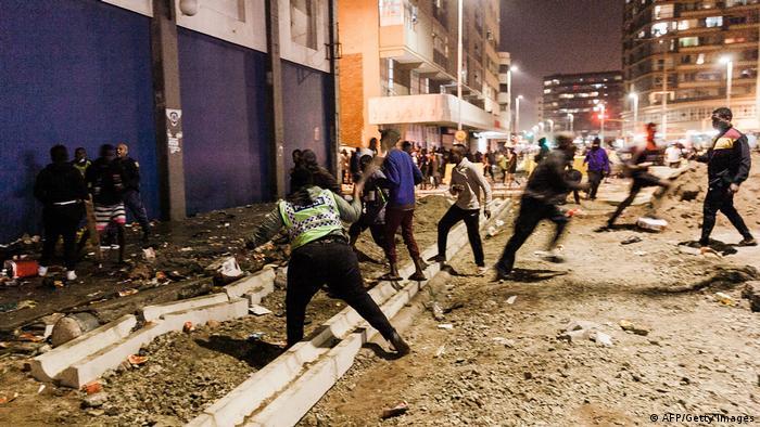 Массовые беспорядки в Дурбане