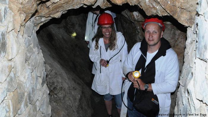 Posetioci u rudniku zlata