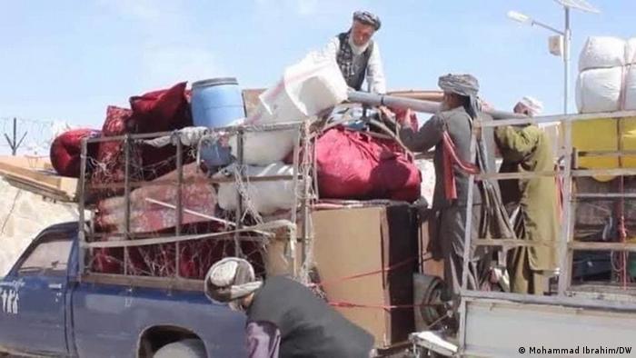 Afghanistan | Familien packen ihre Koffer und fliehen aus der Provinz Kandahar