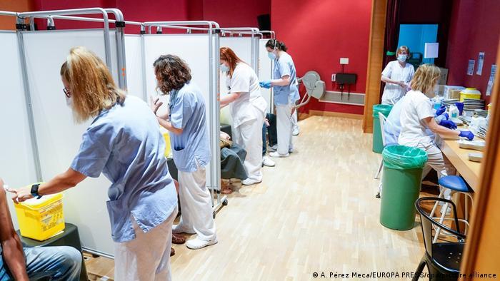 Cijepljenje u jednoj španjolskoj bolnici