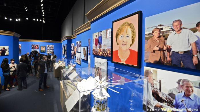 Exhibition 'The Art of Leadership: A President's Personal Democracy' in Dallas in 2014