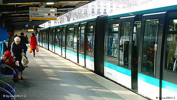 Flash-Galerie Paris Metro Linie 1