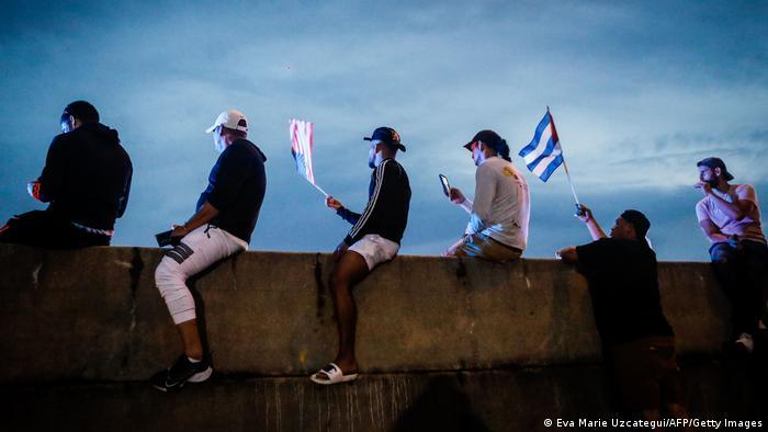 Weltspiegel   Miami, USA   Proteste in Kuba, Solidaritätsdemonstration von Exil-Kubanern