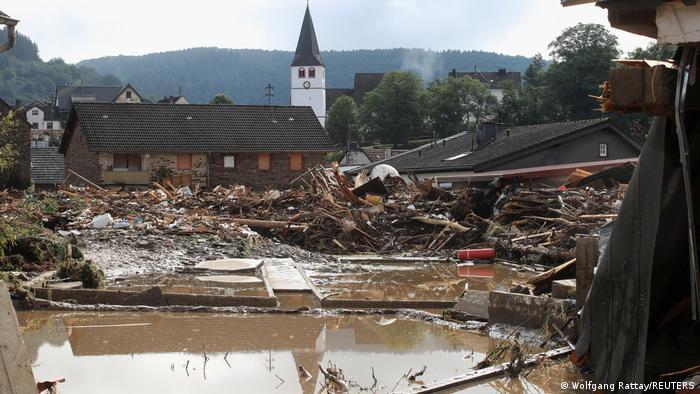 Sturmschaden im Dorf Schultz, Deutschland