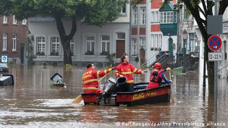 A rescue boat at work during floods in Aachen
