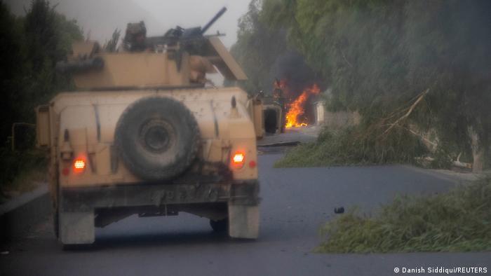 Kandahar'da Taliban'a karşı mücadele veren Afgan Özel Kuvvetleri'ne ait askeri araç