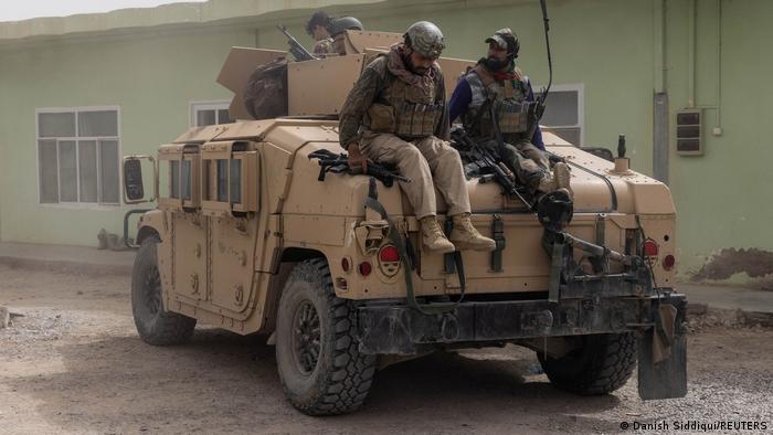阿富汗正在陷入内战。