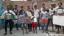 Sanjay Mondal of Kolkata has constituted a band with the boys of slum area. They are moving forward with music and theatre.